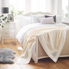 John Atkinson by Hainsworth® 375gsm Pure Cashmere White Blankets