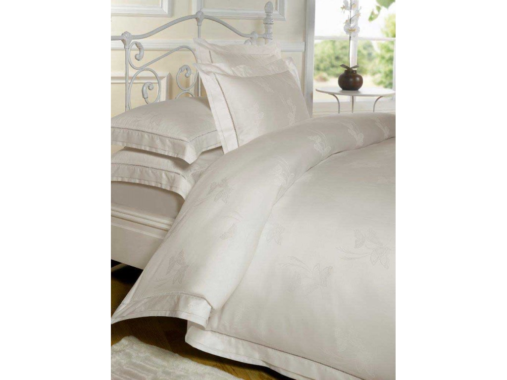 le chateau butterfly jacquard cream duvet cover sets. Black Bedroom Furniture Sets. Home Design Ideas
