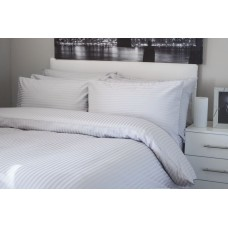 Belledorm Hotel Suite 540 Thread Count Egyptian Cotton Platinum Fitted Sheets