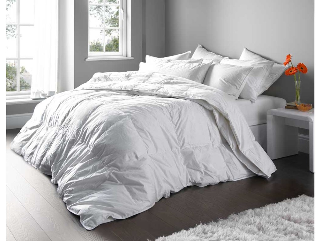 Euroquilt 70% Hungarian Goose Down All Seasons 10.5 and 4.5 Tog Duvets