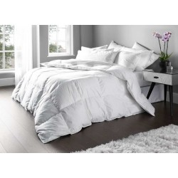 Euroquilt Hotel Quality Duck Feather and Down Duvets and Pillows