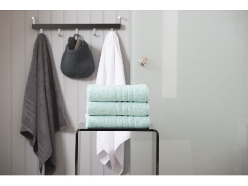 Deyongs 1846 Zero Twist 450gsm Pure Cotton Fern Towels