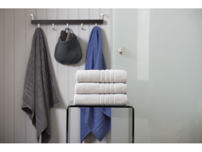 Deyongs 1846 Zero Twist 450gsm Pure Cotton Silver Towels