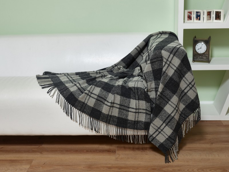 Elainer Woollen Mix Plaid Check Grey Throw