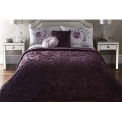 Appletree Kori Plum Bedspread and Cushion