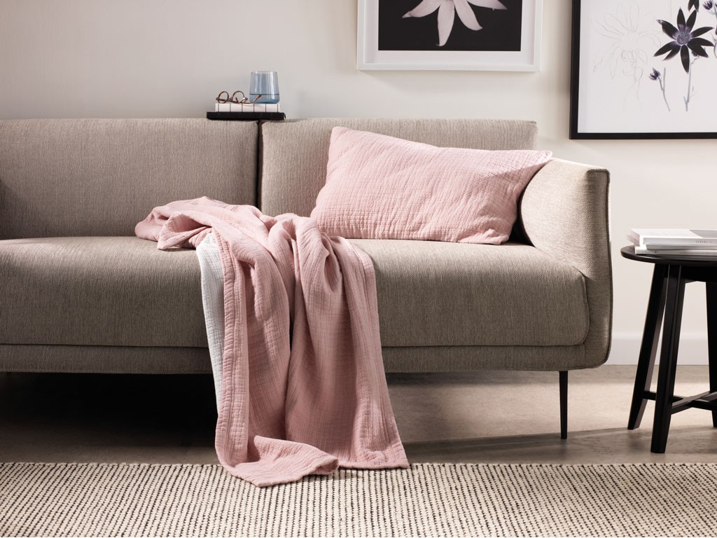 sheridan new fortide dusty rose throw and cushion