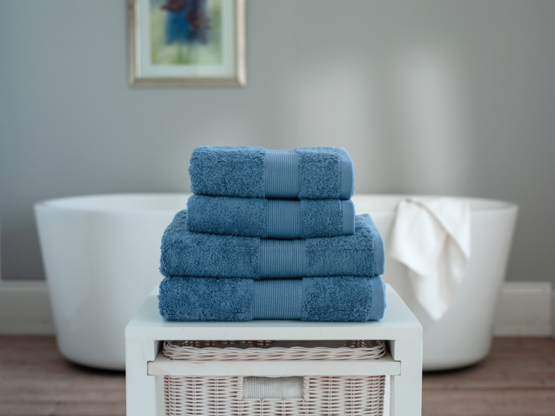 The Lyndon Company Cleopatra Egyptian Cotton Cornflower Towels