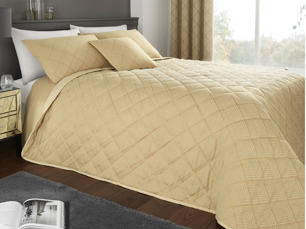 Serene New Wilmslow Ochre Quilted Bedspread