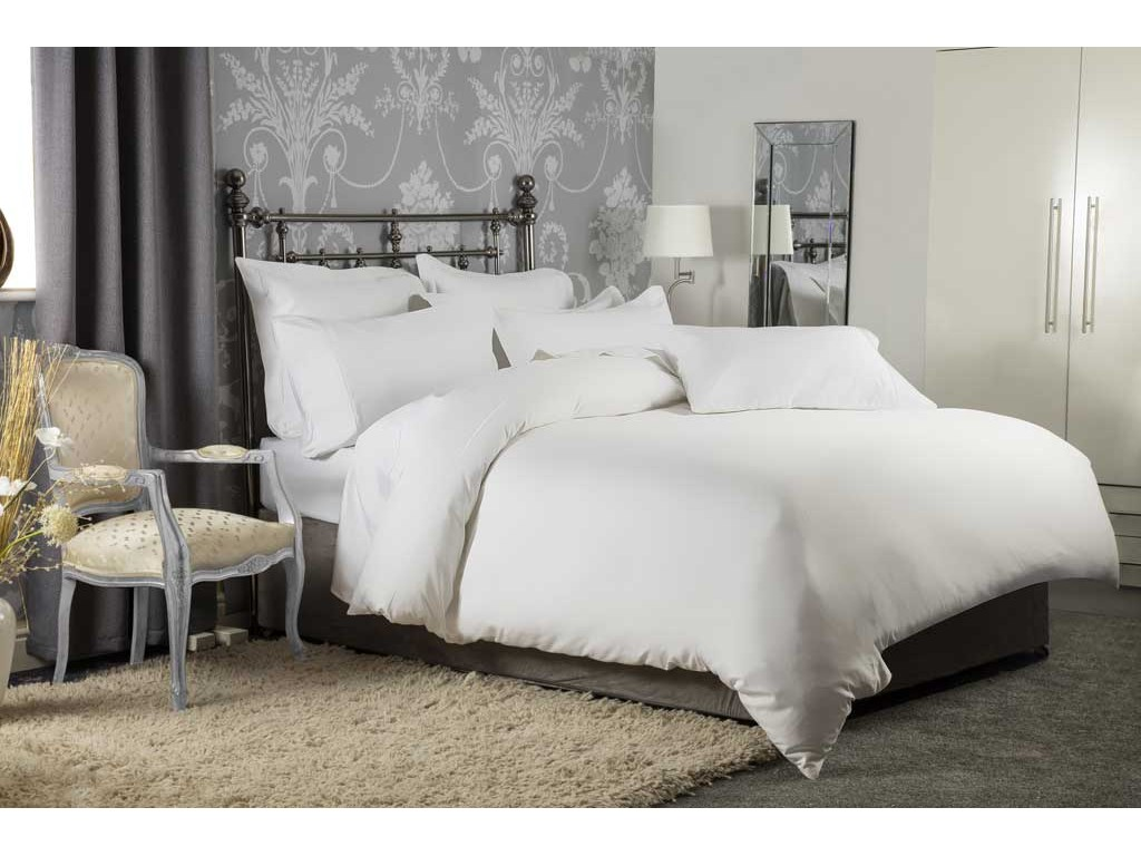 Belledorm Hotel Suite 1200 Cotton Sateen White Duvet Covers