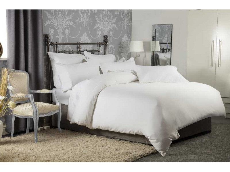 Belledorm Hotel Suite 1200 Cotton Sateen White Flat Sheets