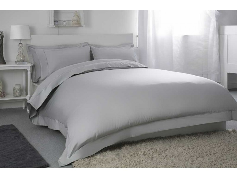 Belledorm 400 Thread Count Egyptian Cotton Platinum Pillowcases