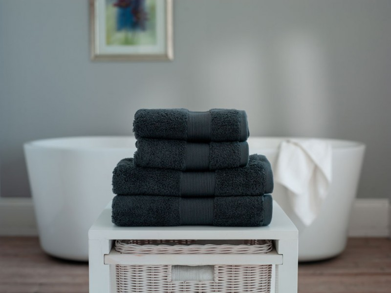 The Lyndon Company Cleopatra Egyptian Cotton Dark Steel Towels