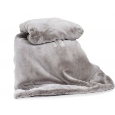 Deyongs 1846 Alaska Frosted Faux Fur Quilted Throws