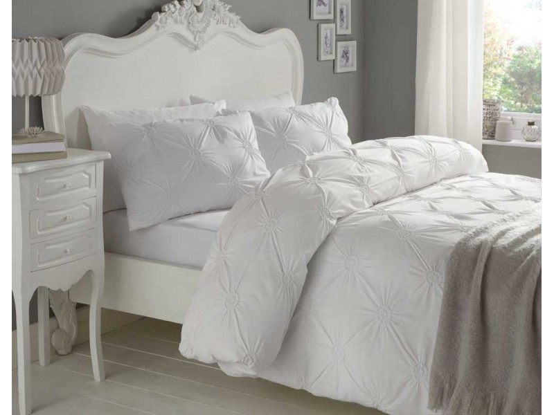 Signature Elissa White Duvet Cover Sets