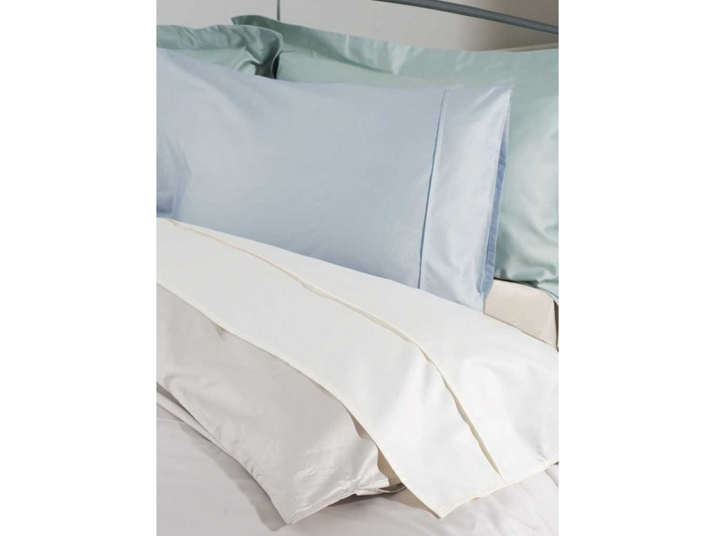 Belledorm 200 Thread Count Egyptian Blended Cotton Flat Sheets