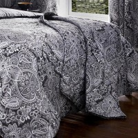 Dreams n Drapes Maduri Black Quilted Bedspread